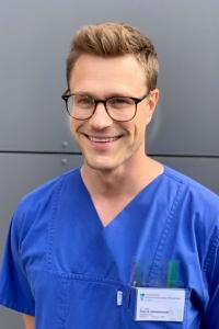 Dr. Patrik Hülsemann